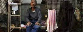 笼屋 棺材房 香港为何有这样不人道的地方?