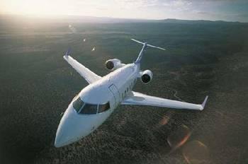 私人飞机上的空姐要干嘛?富豪买私人飞机的秘密!