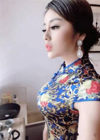 同样是穿旗袍,七哥,陆雪琪,冯提莫谁的身材最好?