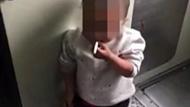 4岁男童列车上抽烟 动作熟练