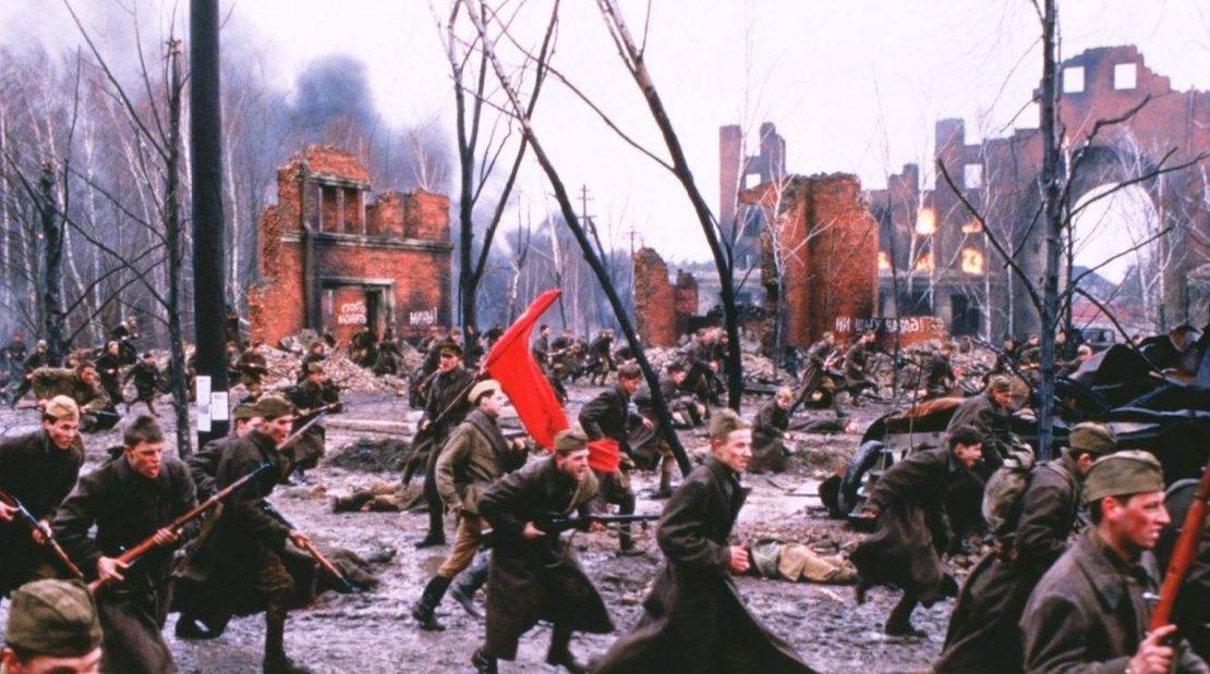 斯大林格勒战役德军打得有多惨?明星军官都崩溃得掰断勋章!的头图