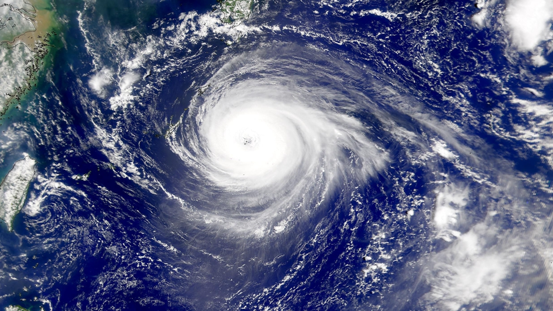 """双台风""""桑卡""""""""洛克""""齐来袭,你对台风知多少?的头图"""