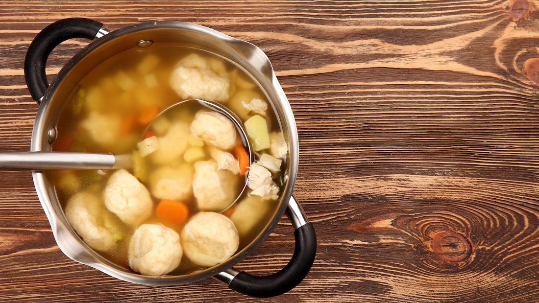 煲汤越久越营养?你已经陷进煲汤误区了!的头图