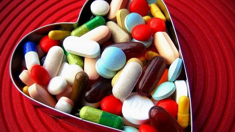药物的颜色,大小,价格会对疗效产生影响吗?