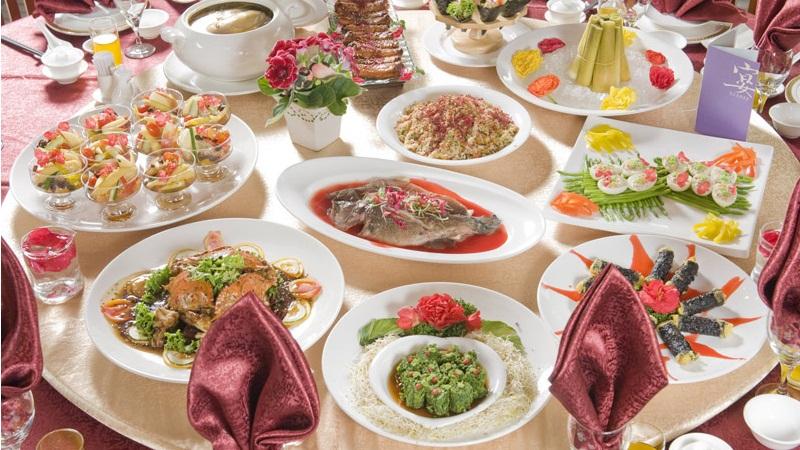 宴席上的營養誤區:只吃菜肴不吃糧